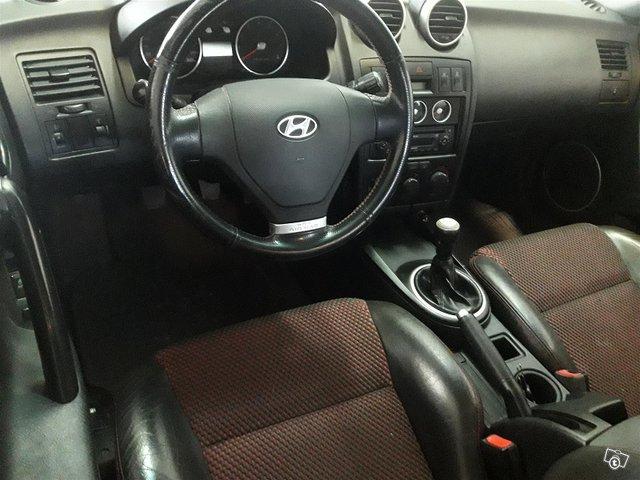 Hyundai Coupe 6