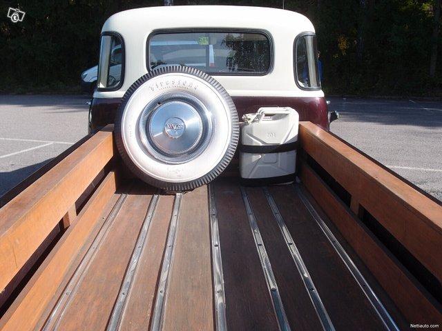 Chevrolet Pickup 5