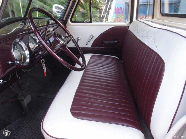 Chevrolet Pickup 8