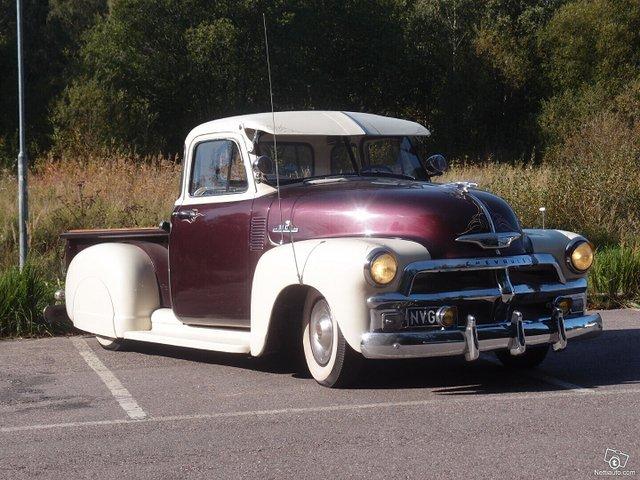 Chevrolet Pickup 12