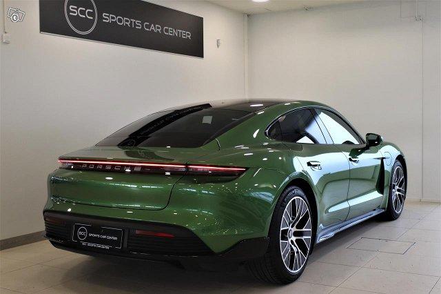 Porsche Taycan 5