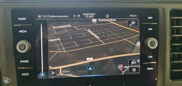 Volkswagen Grand California 8