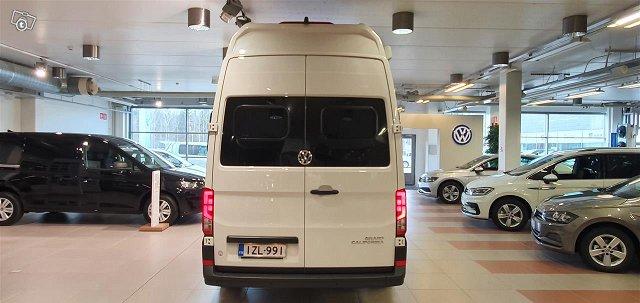 Volkswagen Grand California 21