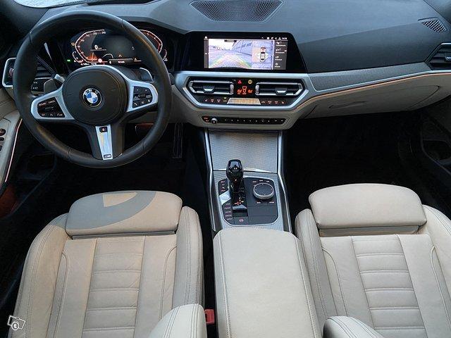 BMW 330i 10