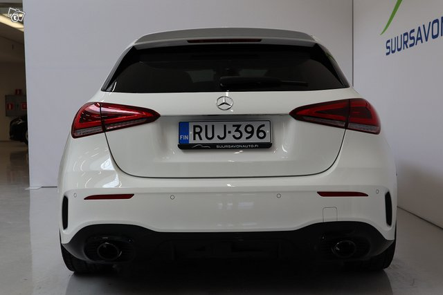 Mercedes-Benz A 35 AMG 5
