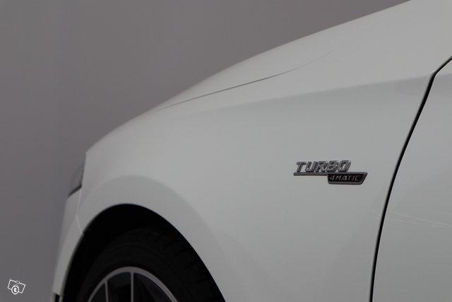 Mercedes-Benz A 35 AMG 8