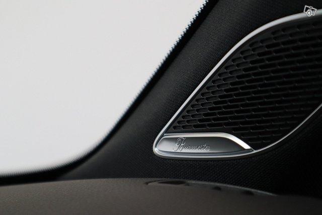 Mercedes-Benz A 35 AMG 12