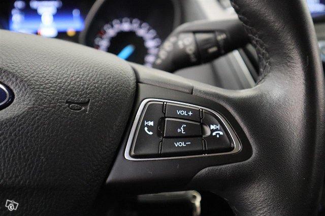 Ford Focus 16