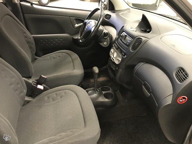 Toyota Yaris Verso 14