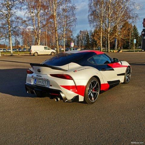 Toyota Supra 6