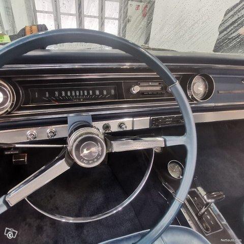 Chevrolet Impala 22