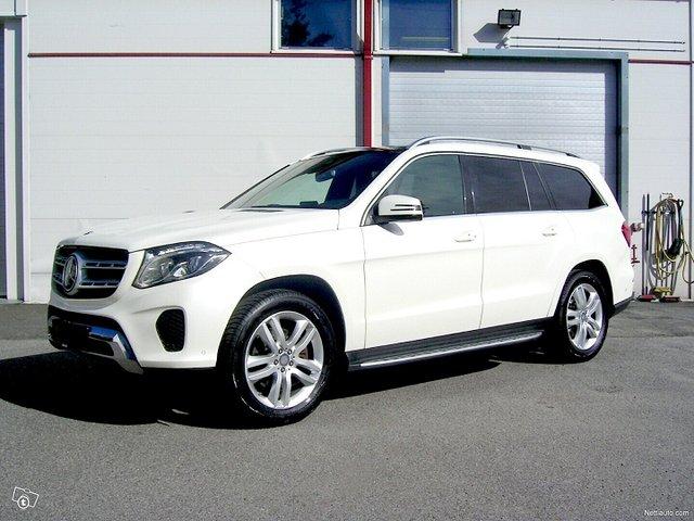 Mercedes-Benz GLS 1