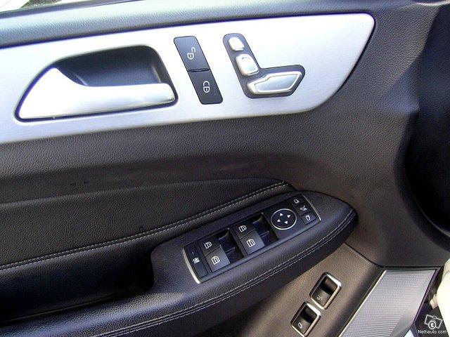 Mercedes-Benz GLS 13