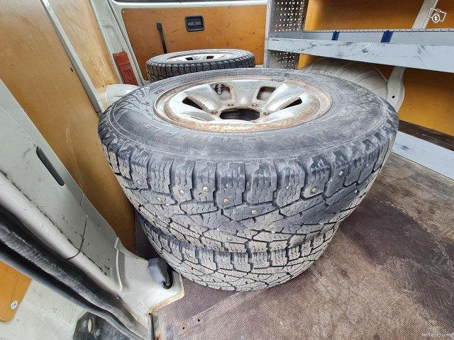 Toyota Hiace 24