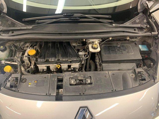 Renault Grand Scenic 14