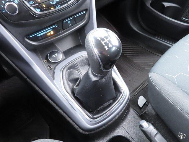 Ford B-Max 21