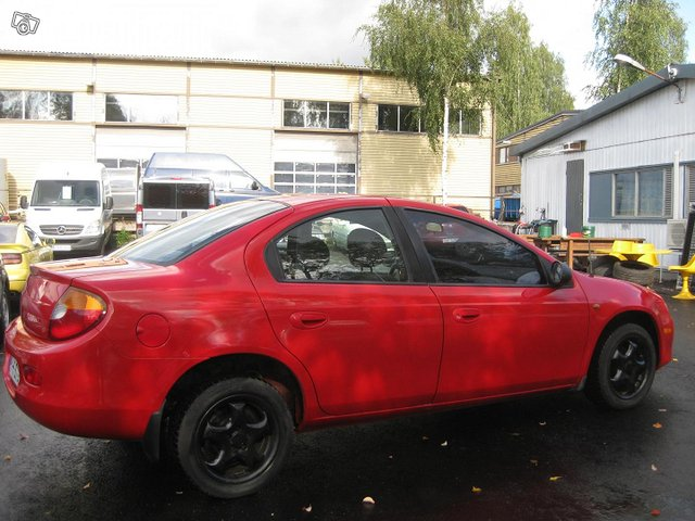 Chrysler Neon 3