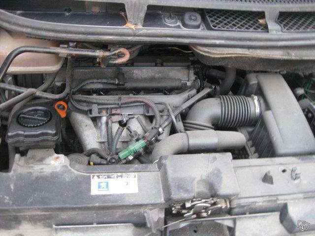 Peugeot 807 12