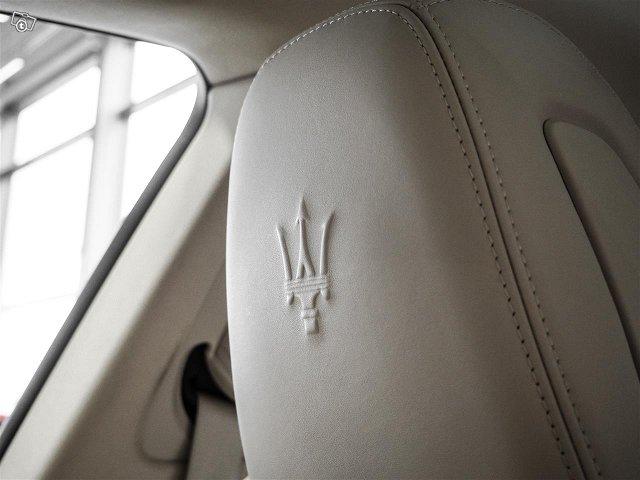 Maserati Levante 15