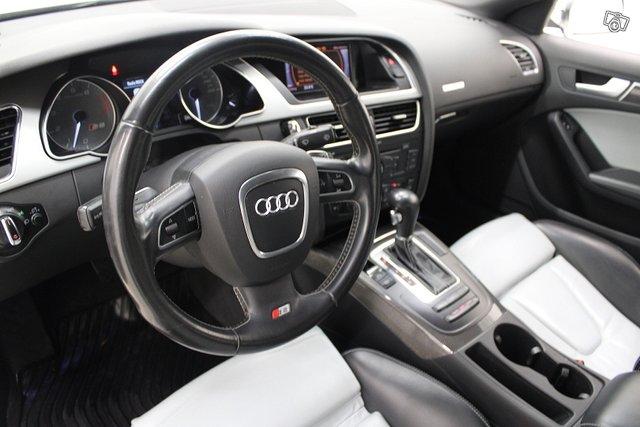 Audi S5 10