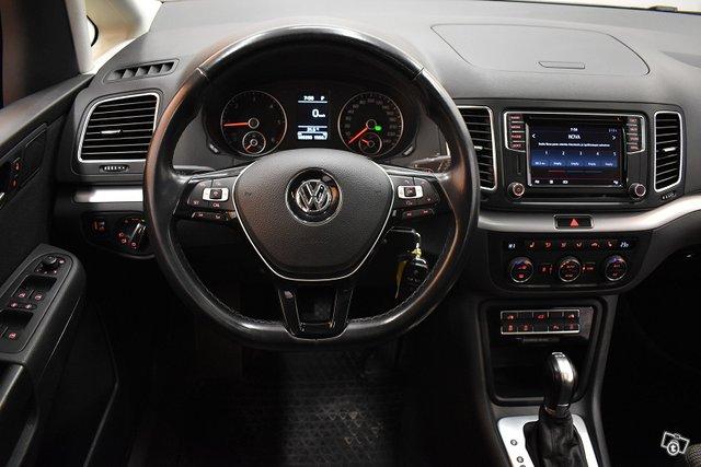 Volkswagen Sharan 16