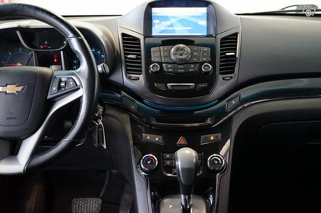 Chevrolet Orlando 16