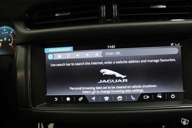 Jaguar XF 15