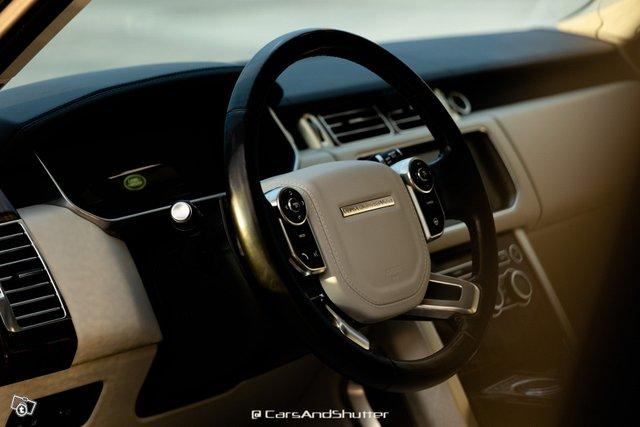 Land Rover RANGE-ROVER 10