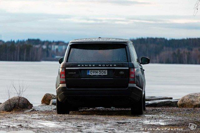 Land Rover RANGE-ROVER 13