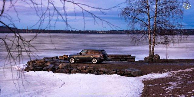 Land Rover RANGE-ROVER 18