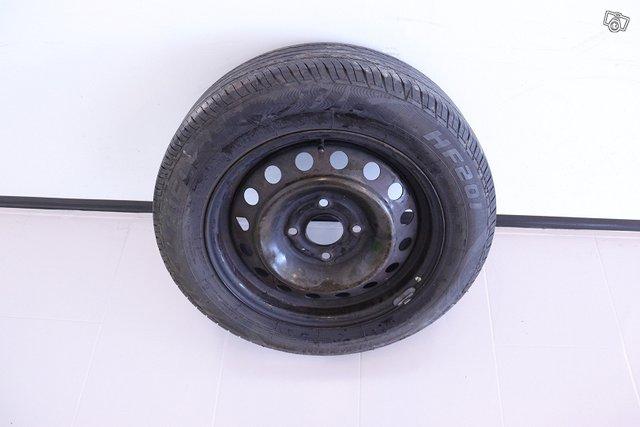 Nissan Almera 17