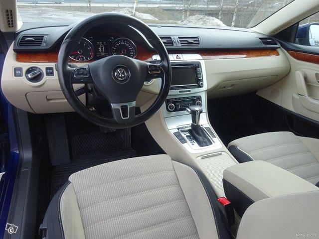 Volkswagen Passat CC 10
