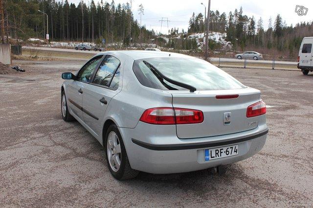Renault Laguna 6