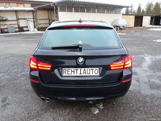 BMW 523 8