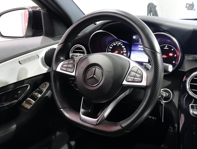 Mercedes-Benz C 9