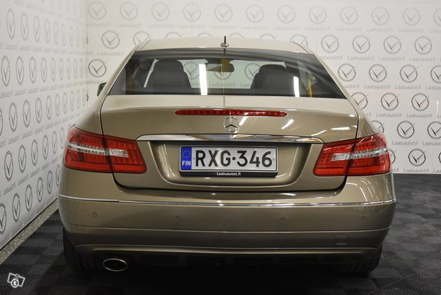 Mercedes-Benz E 3