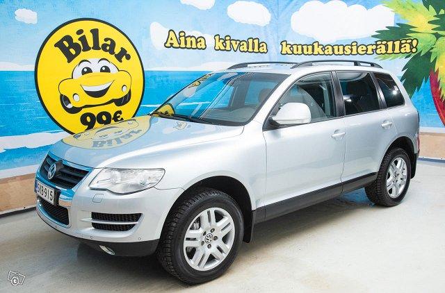 Volkswagen Touareg 1