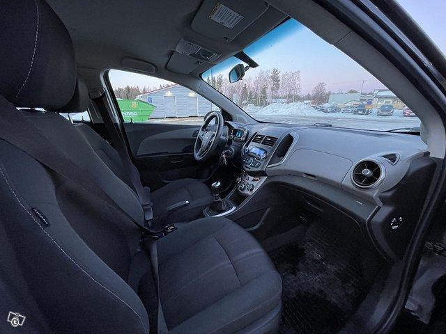Chevrolet AVEO 11