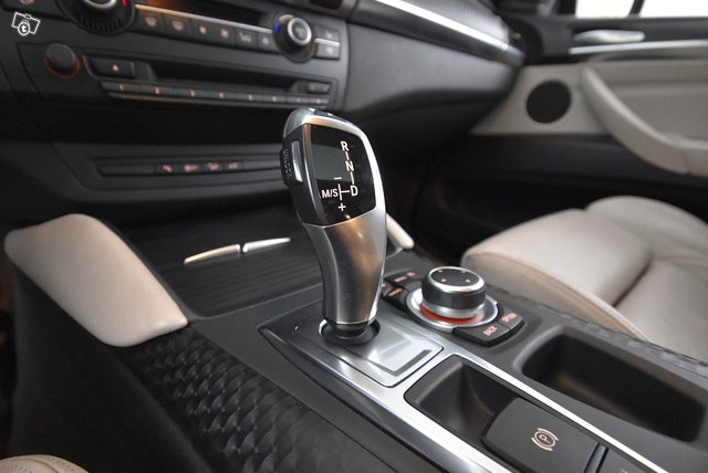 BMW ACTIVEHYBRID X6 408 HV 16