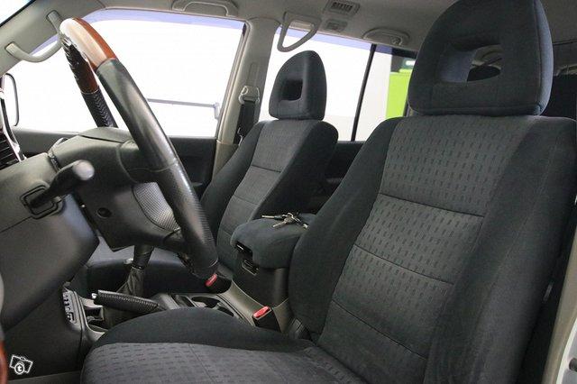 Mitsubishi Pajero 7