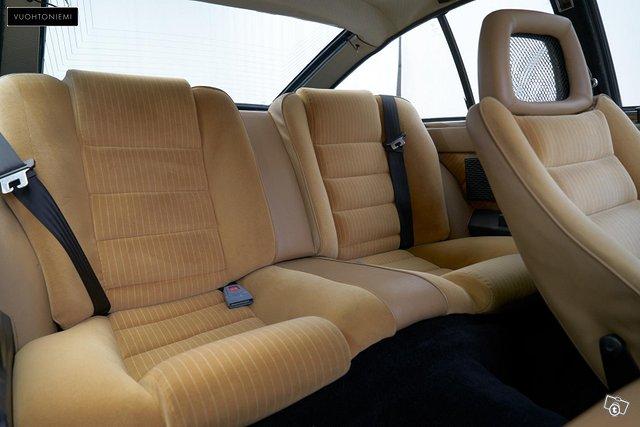 Alfa Romeo GTV 8