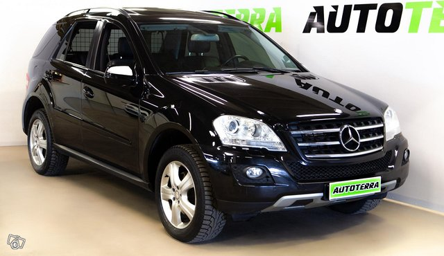 Mercedes-Benz ML, kuva 1