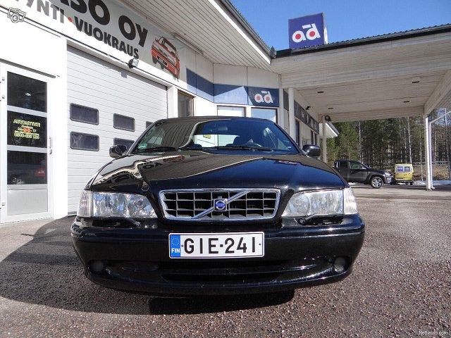 Volvo C70 10