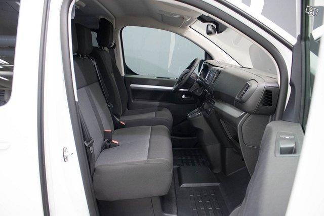Opel Zafira-e 14