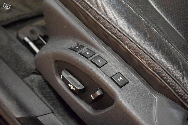 Volvo XC70 22