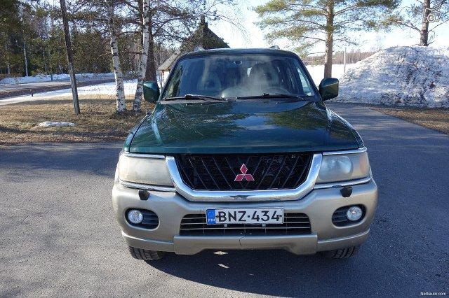 Mitsubishi Pajero Sport 9