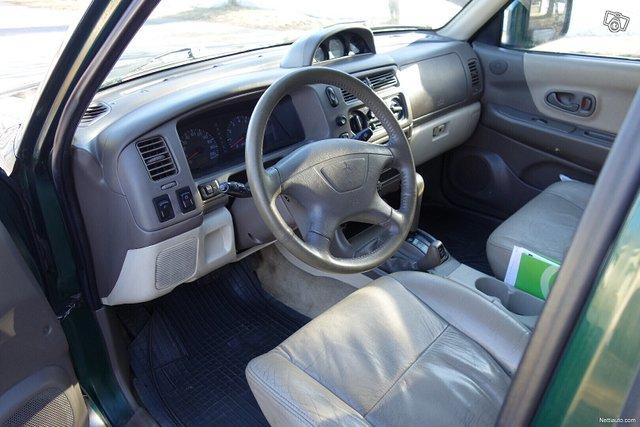 Mitsubishi Pajero Sport 11