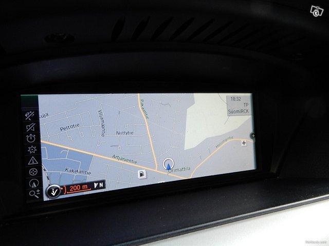 BMW 325 18