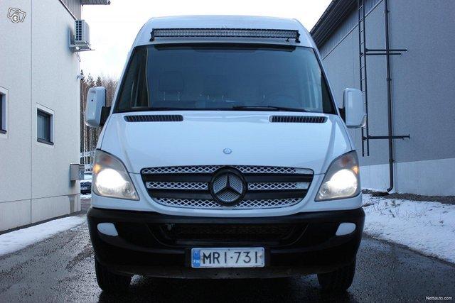 Mercedes-Benz Sprinter 2
