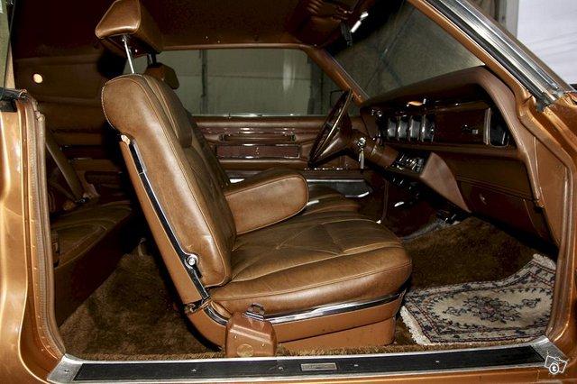 Lincoln Continental 7